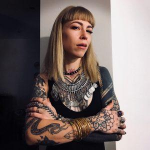 Tatuiruociu-meistre-artist-violetta-angis-tattoo-vilnius-lietuva
